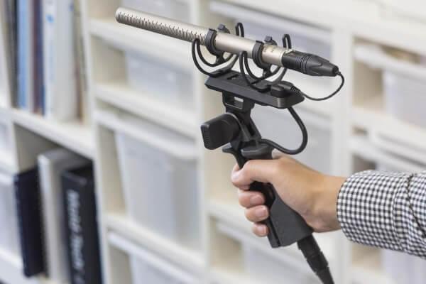 Røde PG2-R, Mikrofon-Pistolengriff mit Rycote®-Lyre®-Schwinghalterung für NTG1, NTG2, NTG3, NTG4, NT
