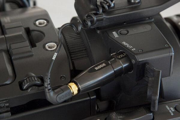 Røde VXLR+, Steckeradapter TRS-Klinke (3,5 mm) auf XLR3M, mit Spannungswandler von Phantomspeisung (